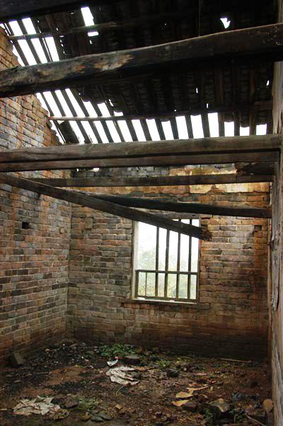 僅剩的舊建築遺跡