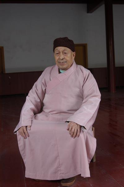 當年「南岳佛教學院」學僧華濤法師。