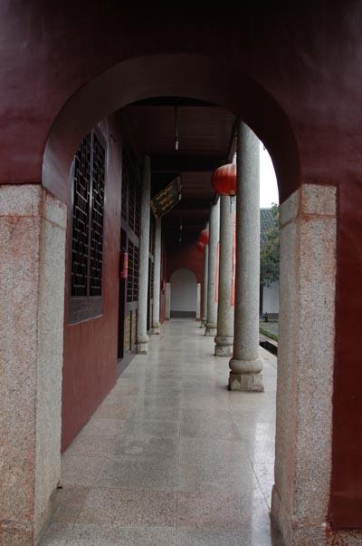 說法堂前廊