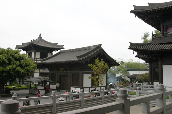 道安長老於民國卅四年至卅六年,任桂林棲霞寺住持。